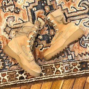 Belleville Suede Steel Toe Vibram Lace Up Boots 7